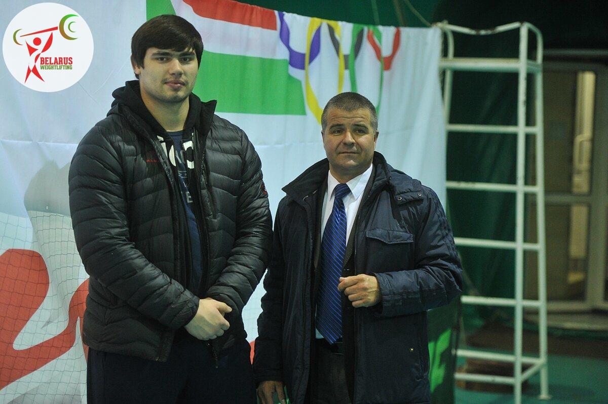 Олексій Мжачік, Володимир Хлуд